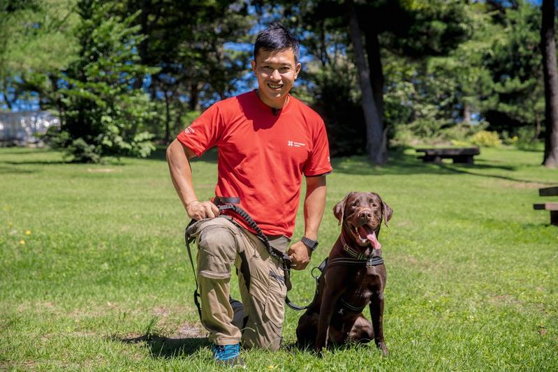 一頭の犬の物語に出会い、人と犬の命を救う救命活動の道へ。